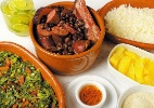 Feijoadas nas escolas de samba são boa opção para almoço nos fins de semana - Divulgação